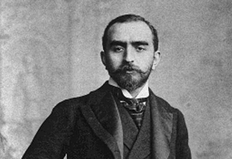 Photo of Calouste Gulbenkian in his late 20s